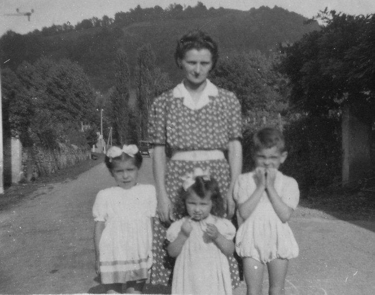 Catherine Turon-Barrère et ses enfants