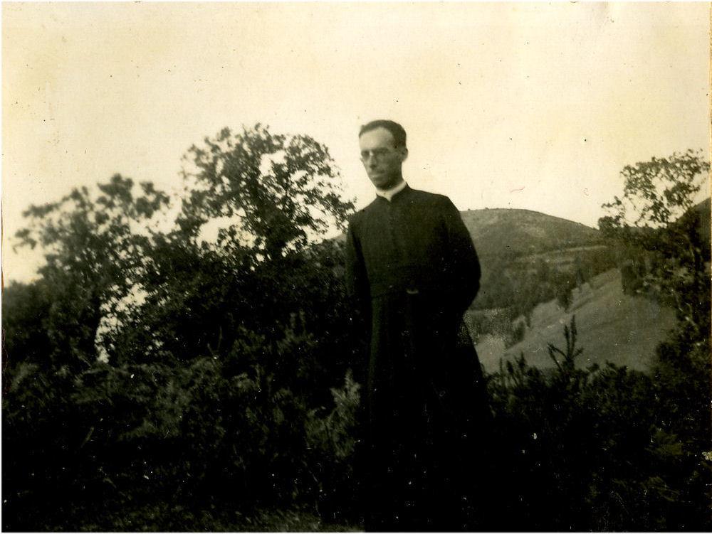 L'abbé Oustalet, curé actuel