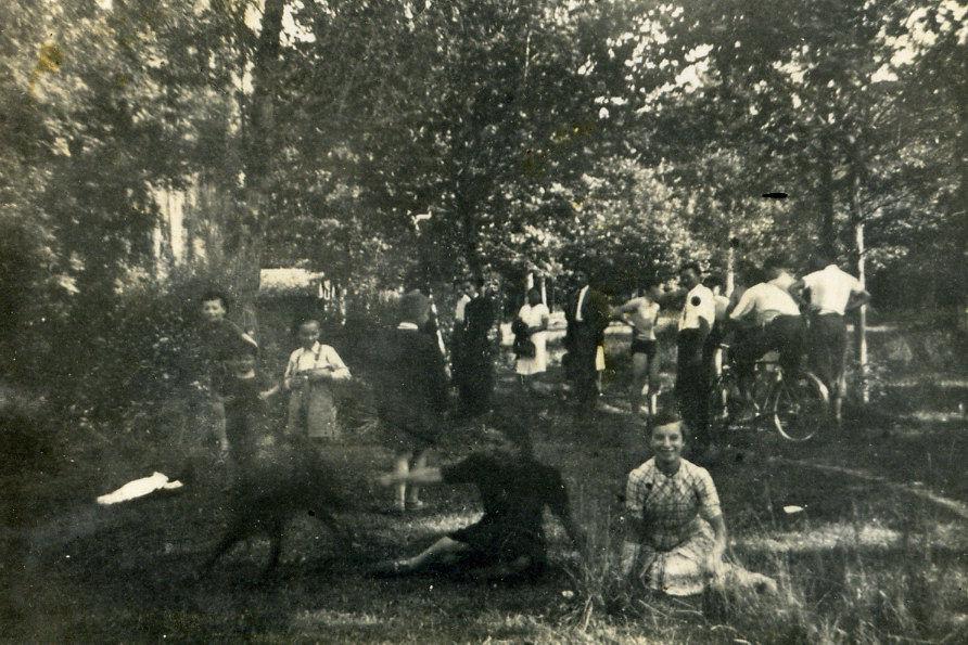 Après l'exode - Les réfugiès sous les frais ombrages du Bartha